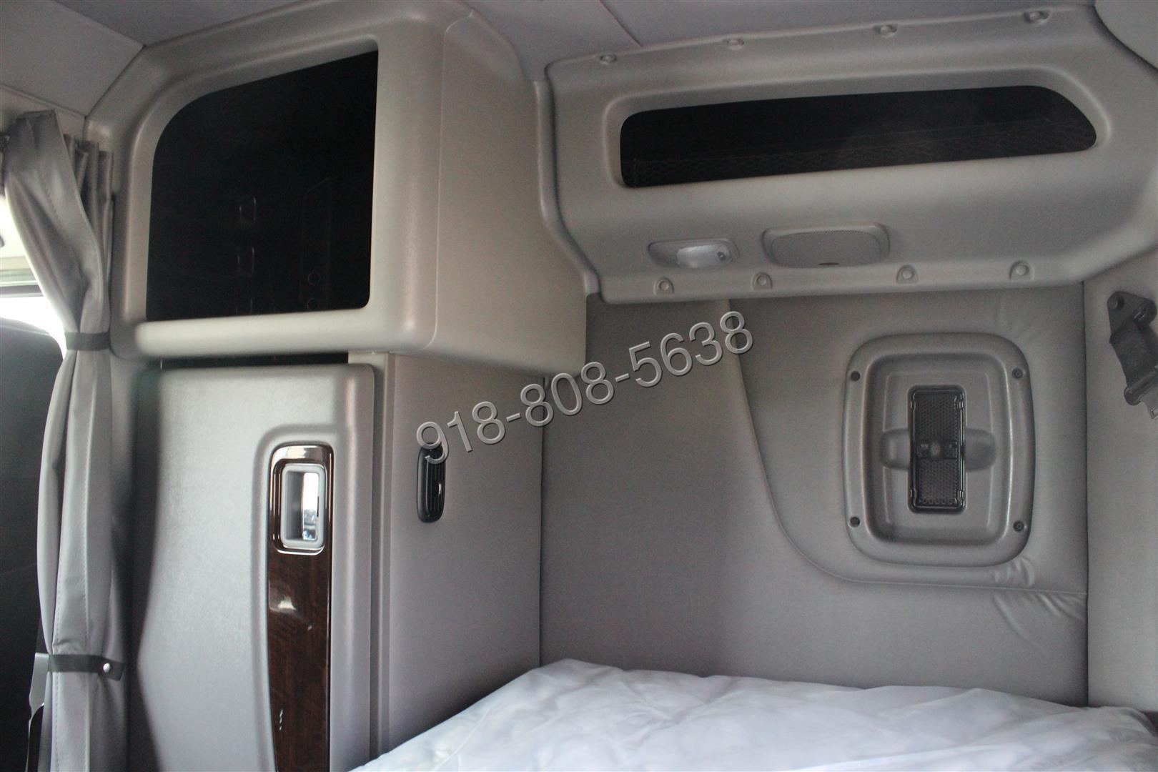 Peterbilt 389 Sleeper Interior Www Pixshark Com Images
