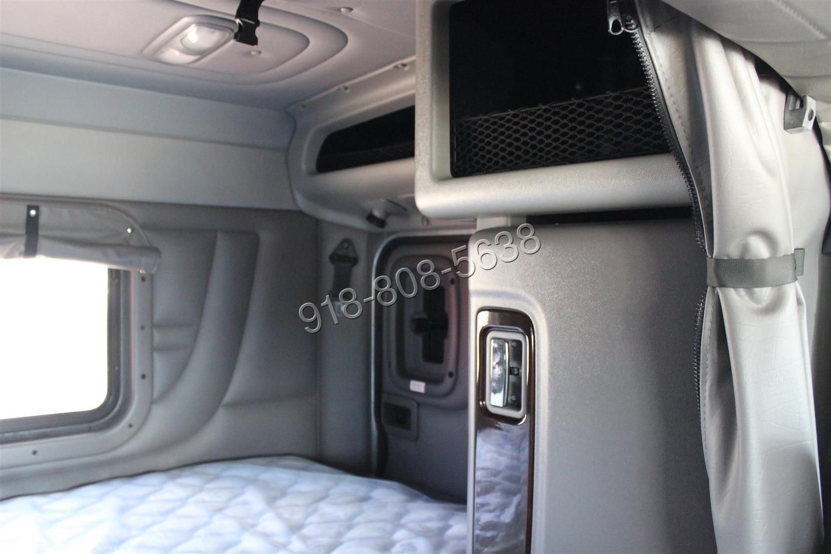 Peterbilt 389 sleeper interior images for Model flat pictures