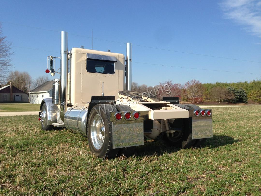 1974 Peterbilt 359 Single Axle Truckingdepot